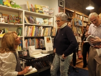 Marcia Gloster booksigning at Watchung Booksellers